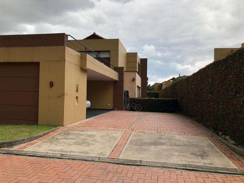 Casa Campestre En Arriendo/venta En Chia Chia Cod. ABVII-235