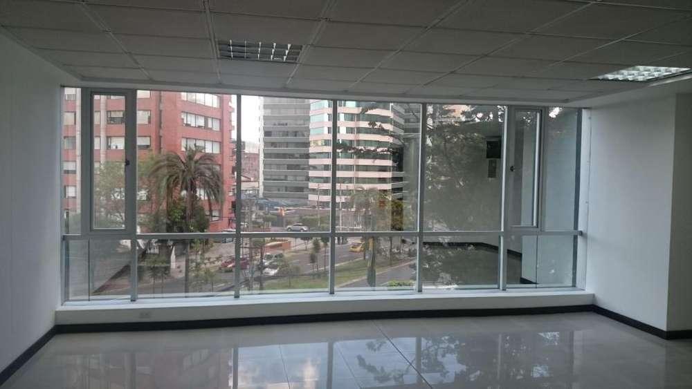 Venta de oficina en <strong>edificio</strong> Torre Boreal. 51 metros cuadrados.