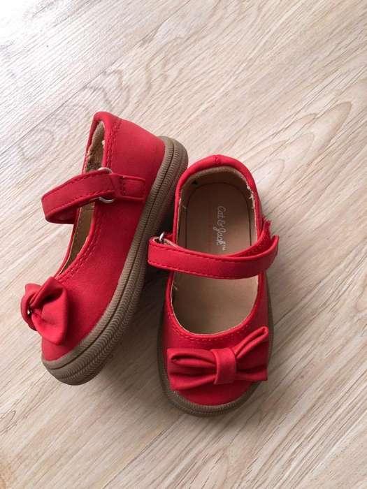 Zapatos nuevos bebe talla 20