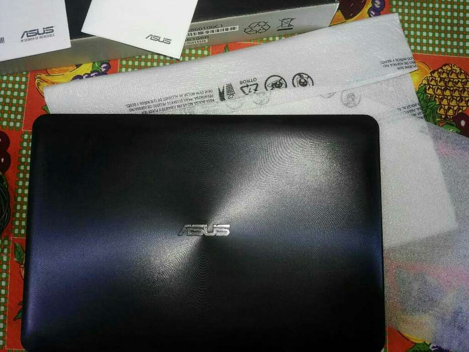 Vendo Notebook Asus Impecable