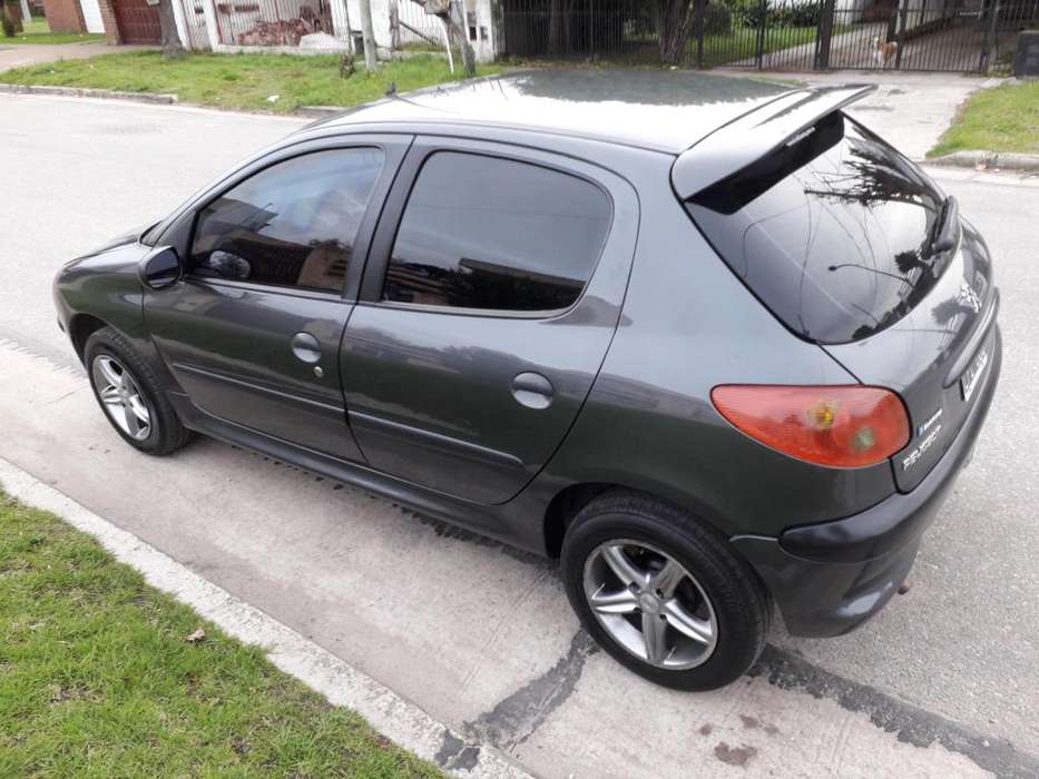 Peugeot 206 2012 - 89500 km