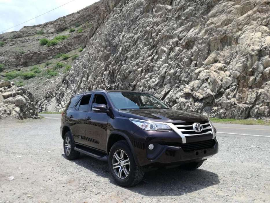 Toyota Fortuner 2017 - 19500 km