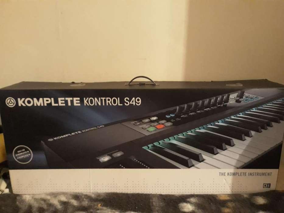 Komplete Kontrol S49
