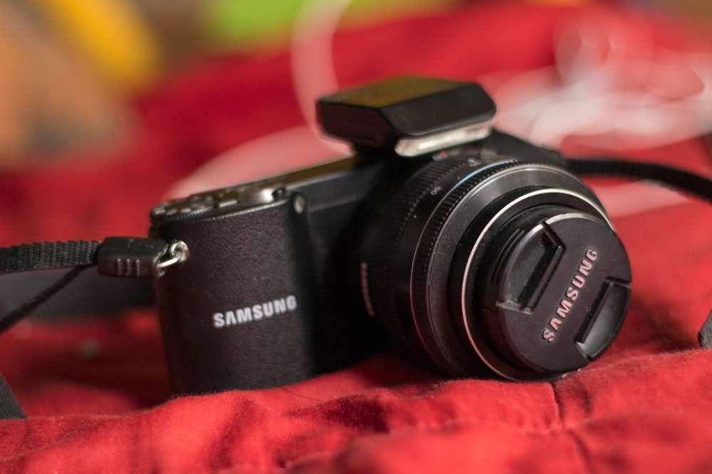 Camara Samsung Nx1000 .lt Intercambiable