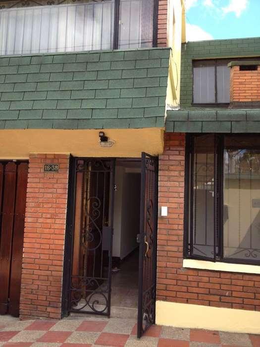 Arriendo casa Santa Barbara - wasi_1169934
