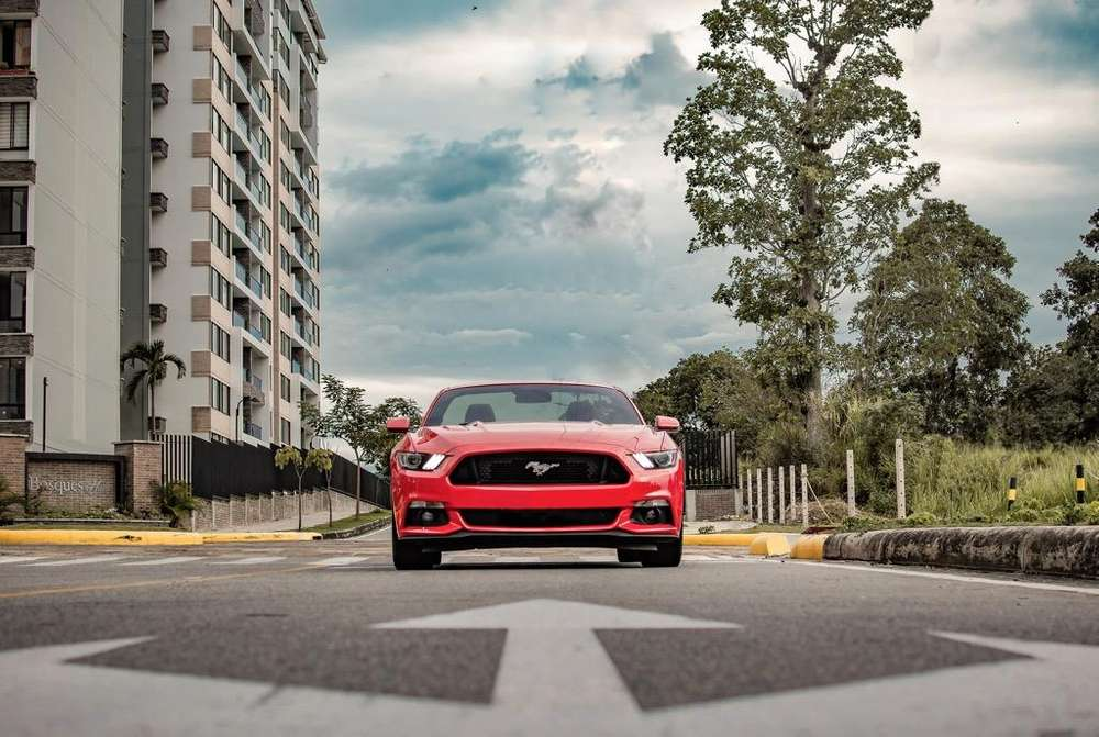 Ford Mustang 2016 - 23000 km