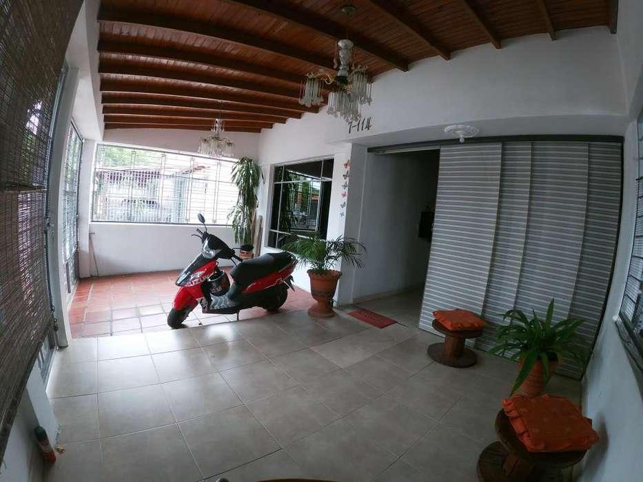 Vende Casa, Prados del Este, Código: 3391