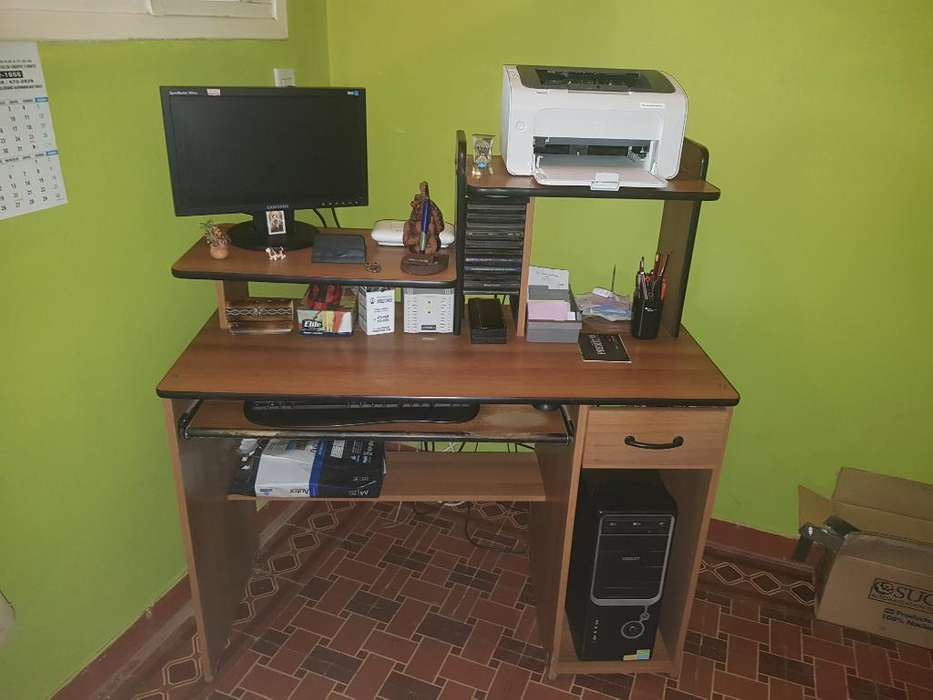 Vendo <strong>escritorio</strong> de Agromerado