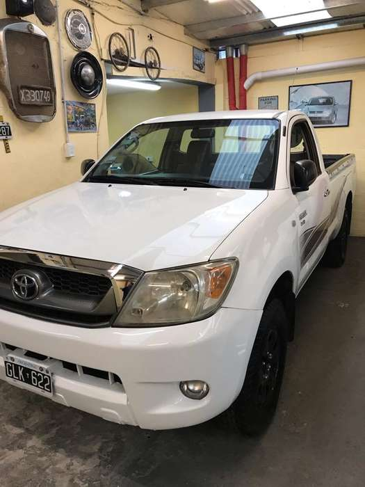 <strong>toyota</strong> Hilux 2007 - 250000 km