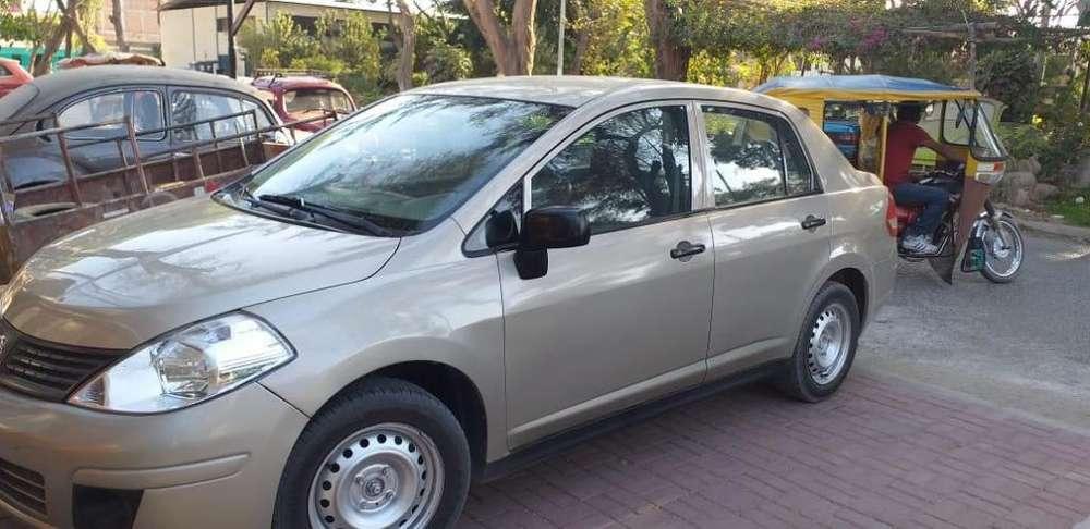 Nissan Tiida 2012 - 49000 km
