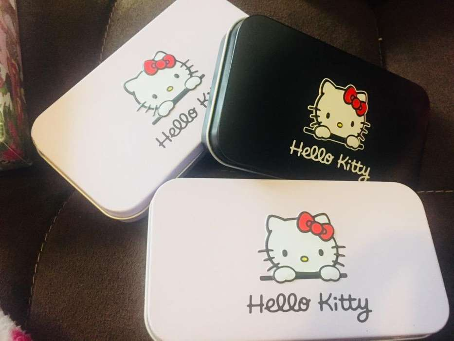 Brochas Hello Kitty
