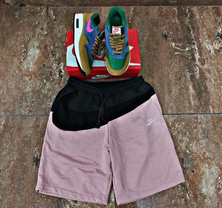 Nike Air Max (talla 44)