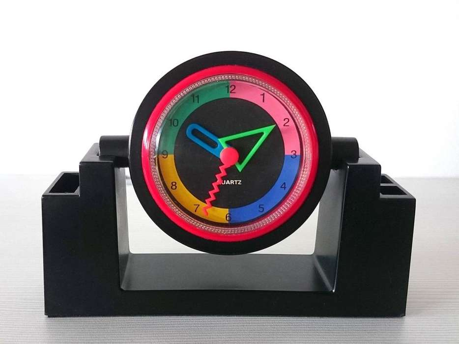 Reloj De Escritorio Con Portalpices