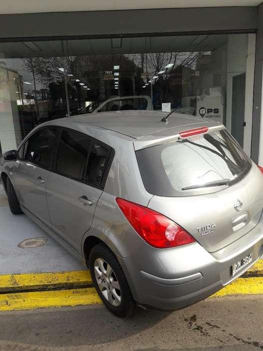Nissan Tiida 2011 - 140000 km