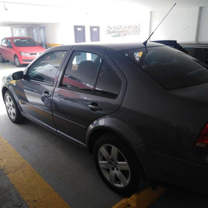 Volkswagen Jetta 2010 - 90800 km