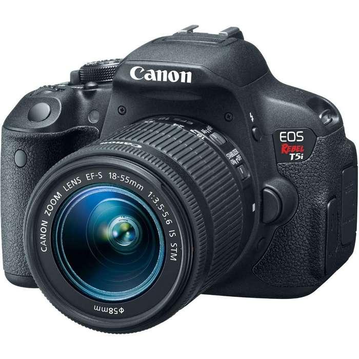 Vendo Cámara Canon T5i con <strong>accesorios</strong>