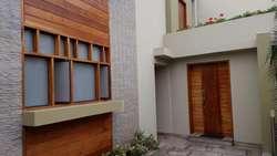 Hermosa Casa en Venta en La Molina, Rinconada de Lago, Impecable, Ofertable