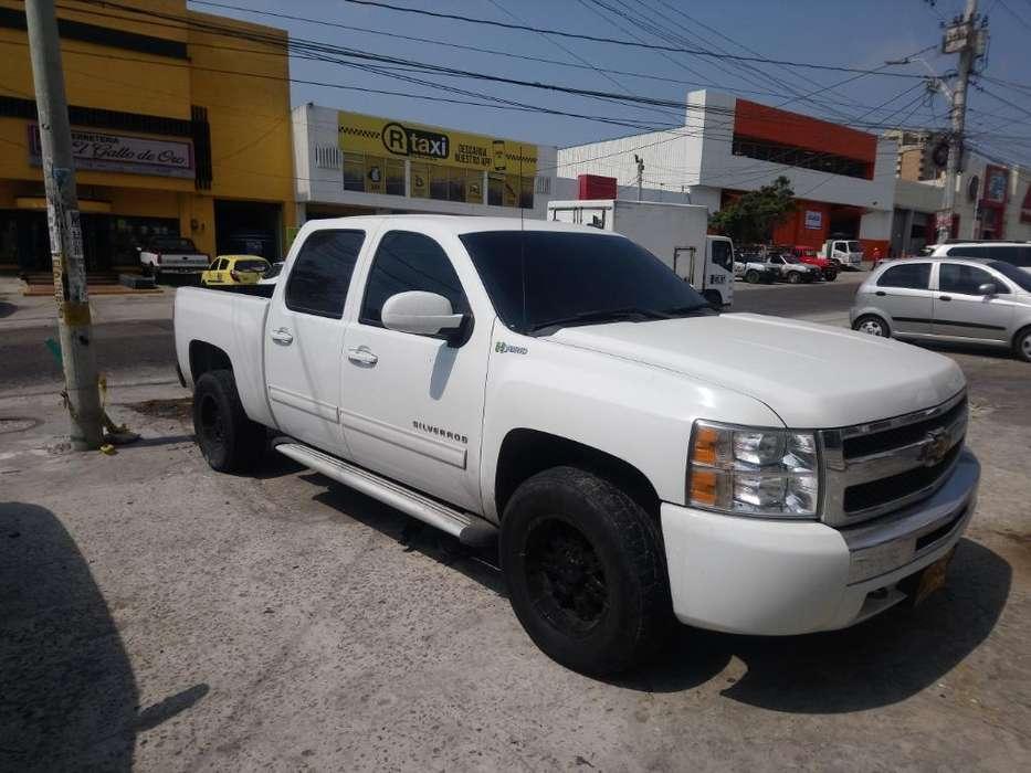Chevrolet Silverado 2011 - 85000 km