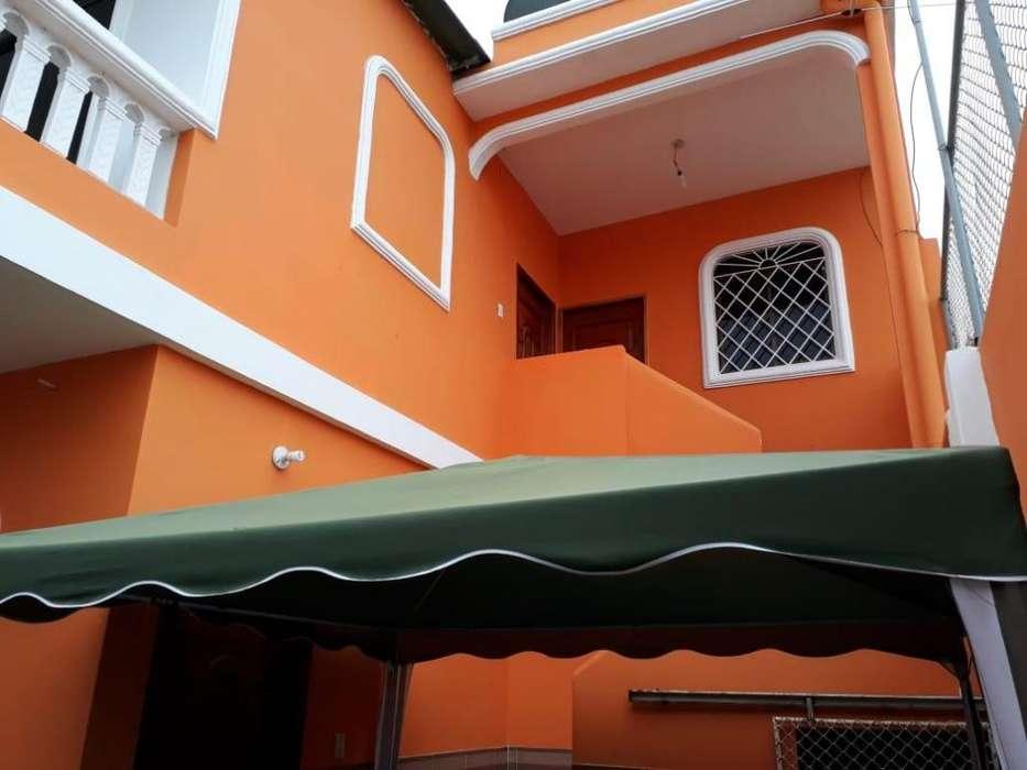 Casa de 2 pisos rentera de venta en Salinas, Puerta del Sol