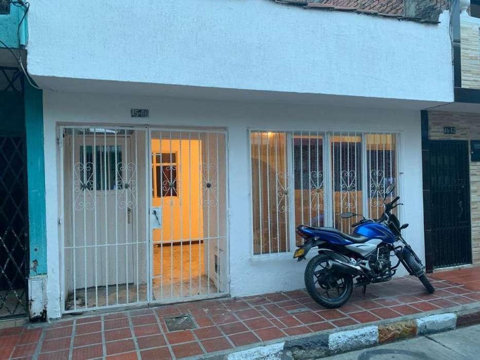 SE ALQUILA <strong>casa</strong> EN EL POBLADO