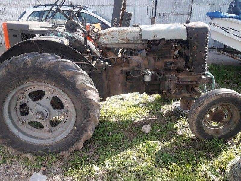 Vendo Tractor zetor 25 hp !!!!