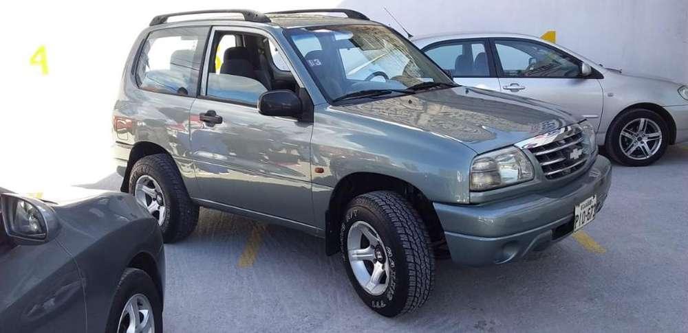 Chevrolet Grand Vitara 2005 - 120000 km