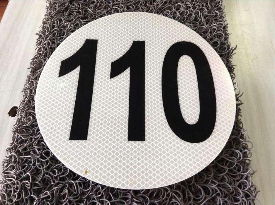 Disco reflectivo de velocidad máxima 110