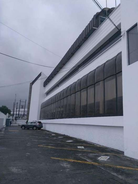 Arriendo Edificio Av Galo Plaza Lasso