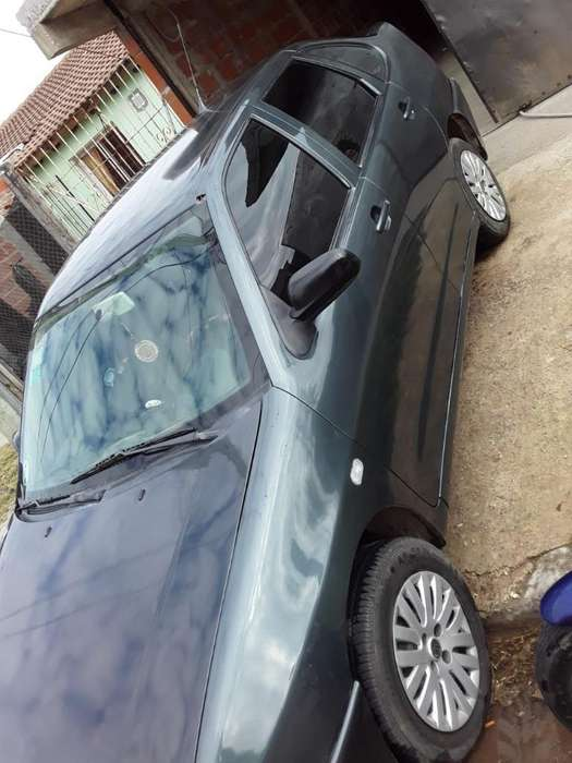 Volkswagen Polo 2004 - 1111111 km