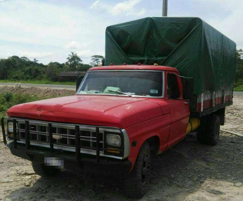 Vendo Camion Ford 350 Chasis Largo