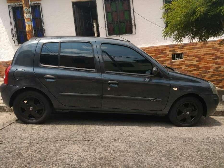 Renault Clio  2010 - 84000 km