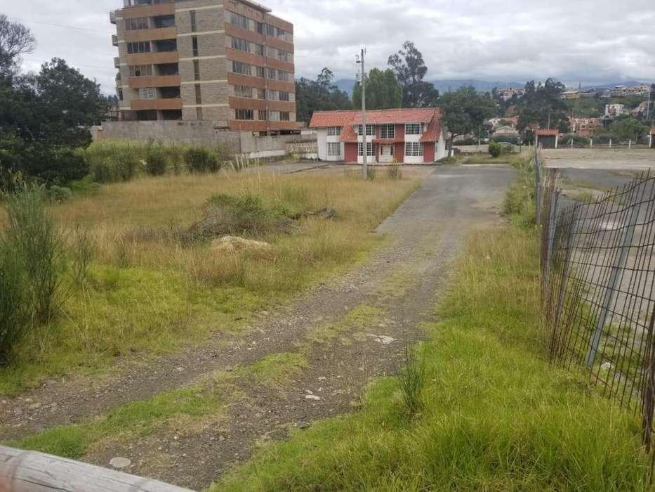 Venta de Terreno, frente al Hospital del Rio, Cuenca