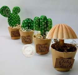 Neila Flores, Souvenirs, Centro de Mesa,