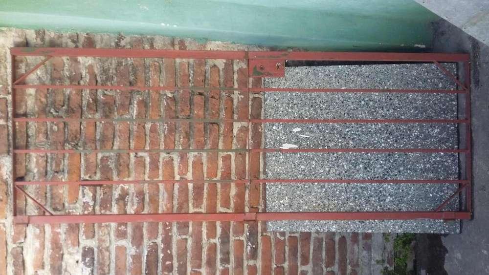 Puerta de Reja 64cm x 2mtrs.