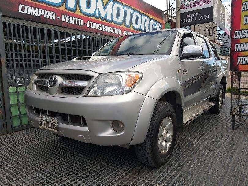 Toyota Hilux 2007 - 200000 km
