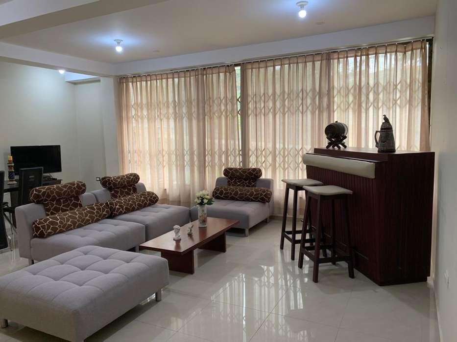 Departamento de <strong>lujo</strong> amoblado, 100 m2, mejor sector de manta, urbanización Lomas de Barbasquillo