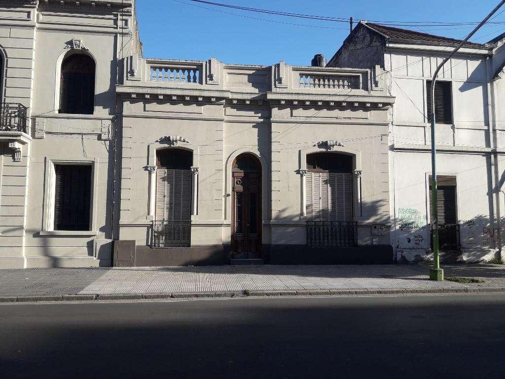 Alquilo Casa en  Barrio Norte