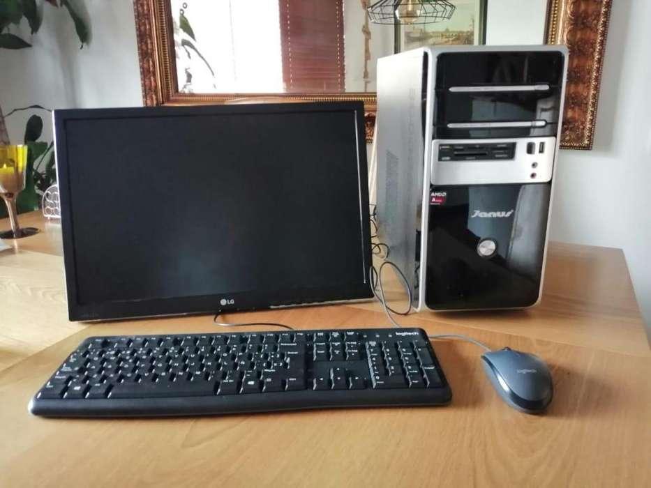 Computador de escritorio con toda la Suite Adobe Instalada