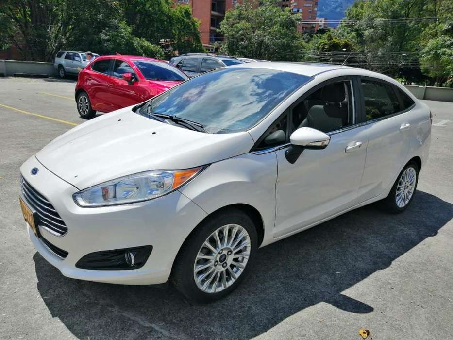 <strong>ford</strong> Fiesta  2016 - 39000 km