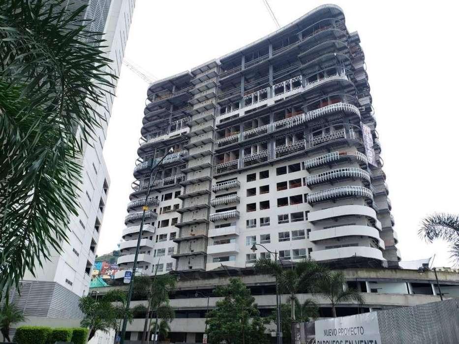 Venta de Penthouse en Edificio Santana Lofts, Puerto Santa Ana, cerca del Malecon 2000, Centro de Guayaquil