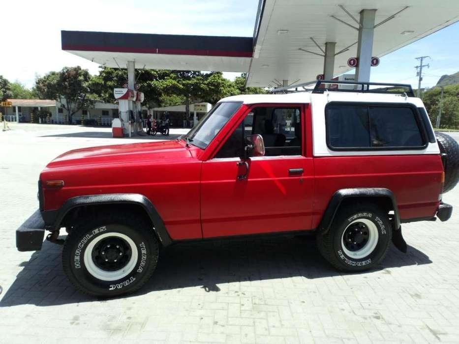 Nissan Patrol  1982 - 9999 km