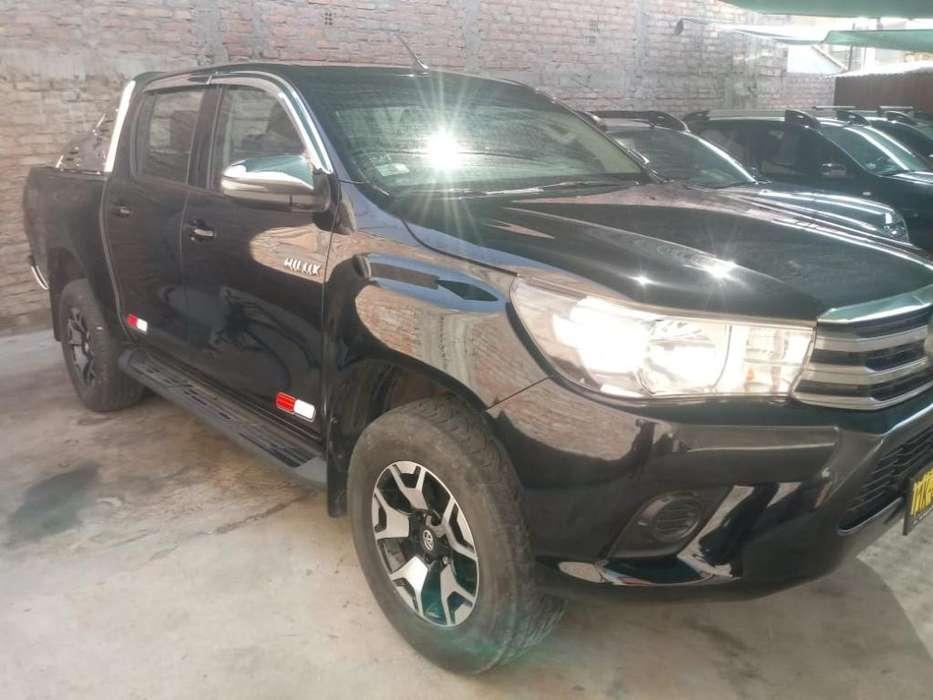 Toyota Hilux 2018 - 31400 km
