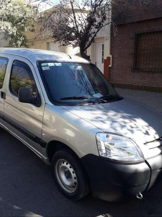 Peugeot Partner 2013 - 80000 km