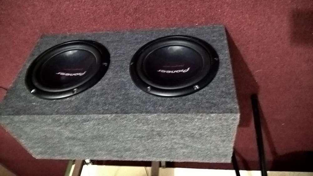 Caja Acústica de 120l.