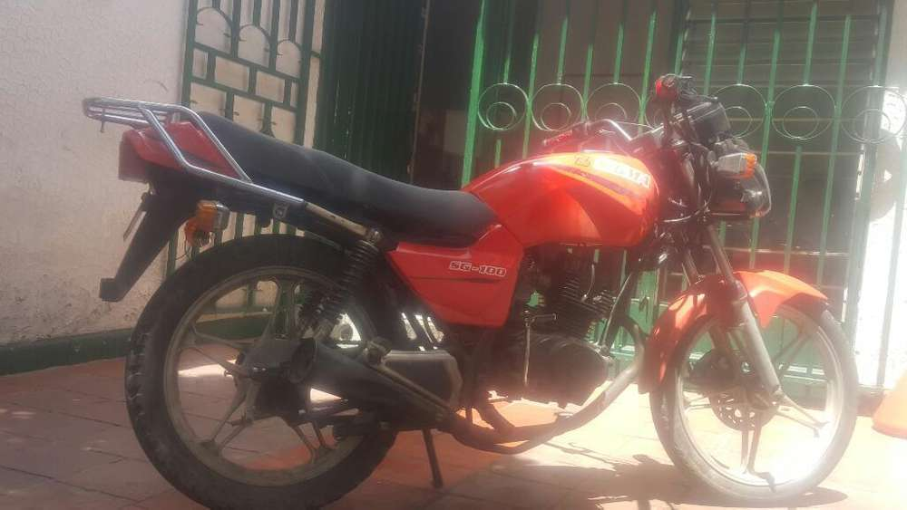 Vendo Moto Sigma 100