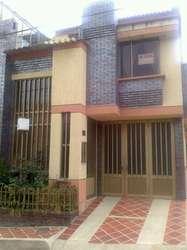 hermosa casa para venta en barrio villaluz esquinera y con bahia