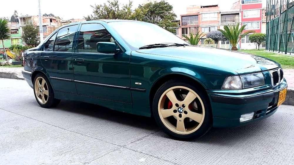 BMW Série 3 1992 - 258000 km