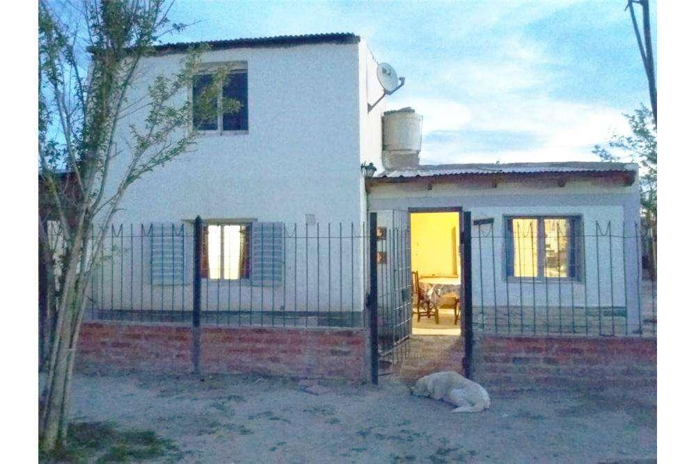RE/MAX vende casa en Barrio Islas Malvinas