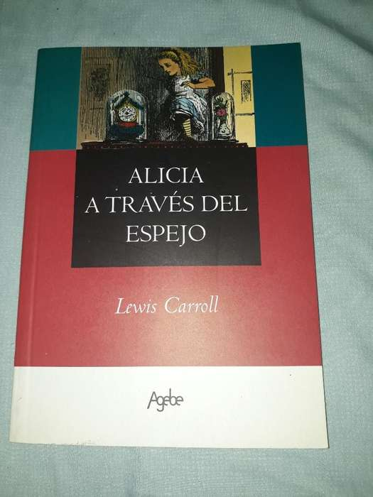 Alicia a Traves Del Espejo.