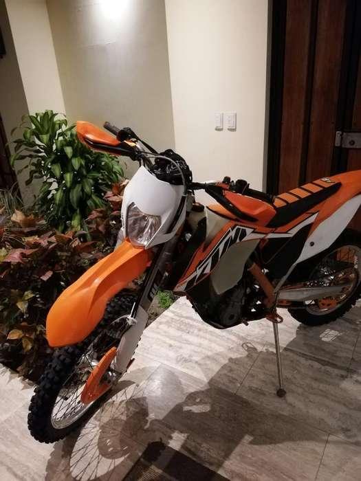 Vendo Moto Ktm 350 2014